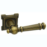 Межкомнатная дверная ручка Adden Bau Vintage Castello VQ212 состаренная бронза