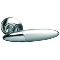 Межкомнатная дверная ручка Archie S010 113HH комбинация матового никеля и блестящего хрома