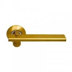 Межкомнатная дверная ручка Archie Sillur 133 комбинация матового и блестящего хромаМежкомнатная дверная ручка Archie Sillur 133 комбинация матового и блестящего золота